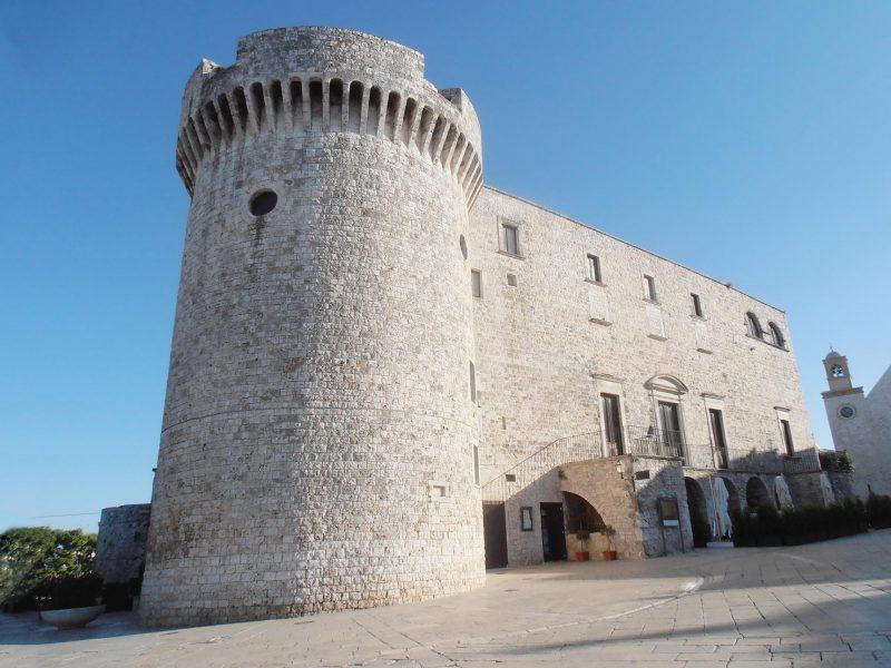 castello-di-Conversano